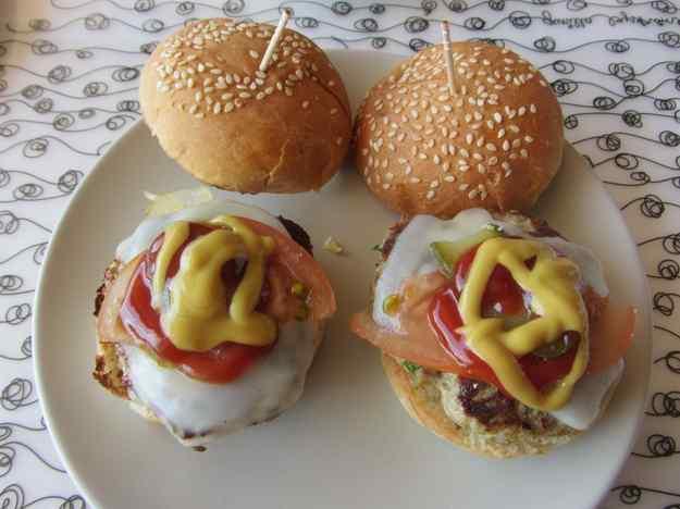 Mini hamburgueses casolanes amb curry 01