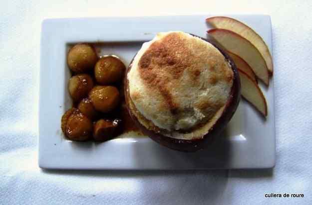 Souflé de poma , dins una poma 02