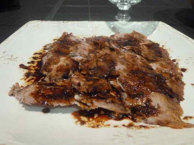 Espatlla de porc al forn amb patates fondant 01