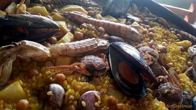 Arròs al forn de crustacis i musclos 02