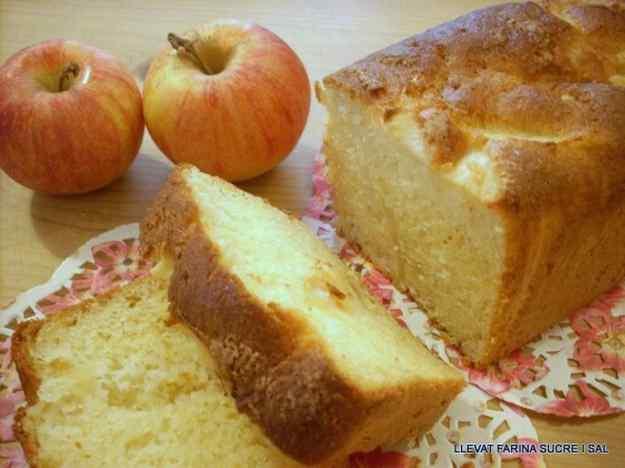 PLUM CAKE DE POMA SENSE GLUTEN