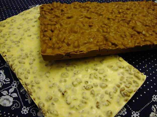 Torrons de xocolata amb arròs inflat