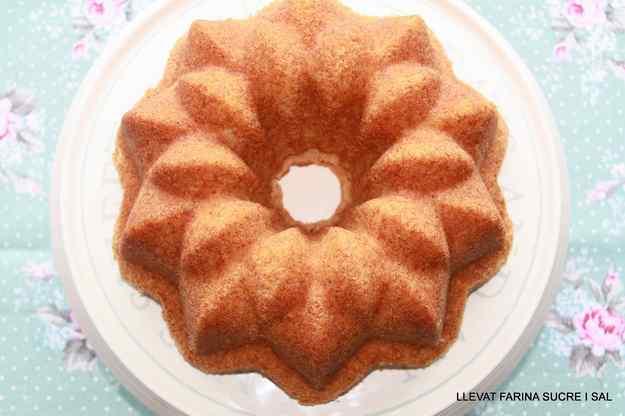 BUNDT CAKE DE LLIMONA