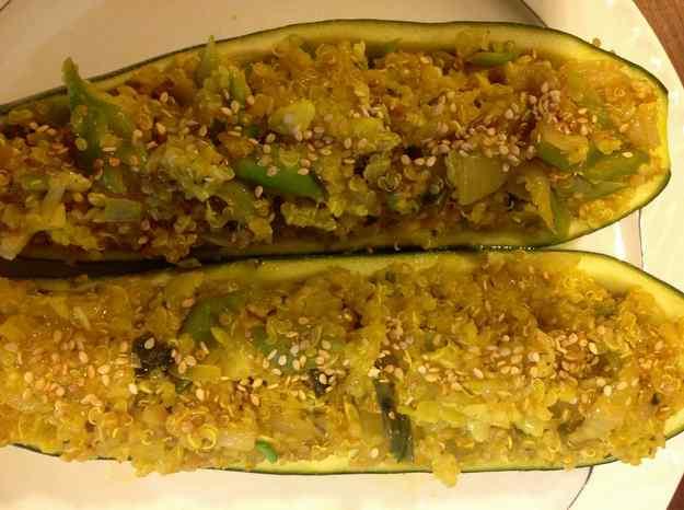 Carabassons farcits de quinoa i mongeta tendra