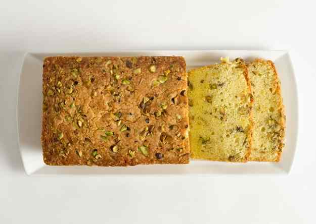Pà de Pessic de Festucs (Pistachio Pound Cake)