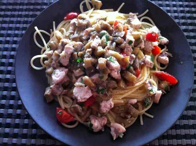 Espaguetis amb emperador i albergínia (41/60)