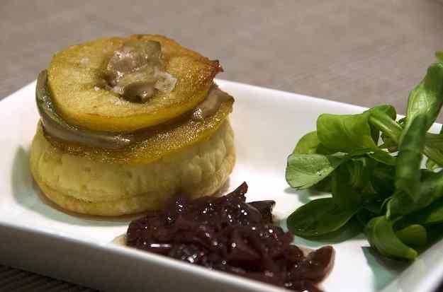 Coques de foie amb poma
