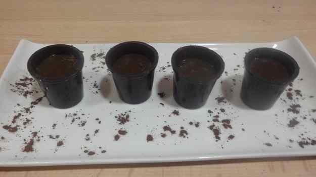 VASETS DE XOCOLATA AMB CAFÈ