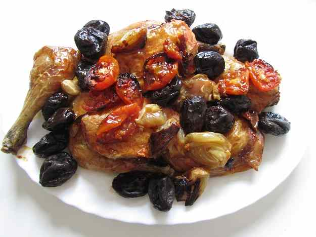 Cuixes de pollastre amb prunes