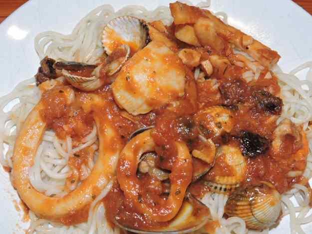 Espaguetis amb vieires i calamars 01