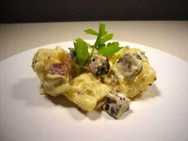 Kartoffelsalat (amanida alemanya de pataques)