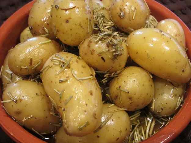 Mini patates al romaní
