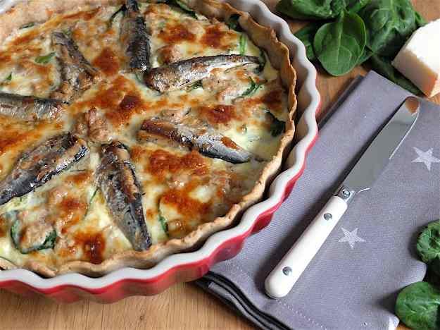 Quiche de sardines, tonyina i espinacs