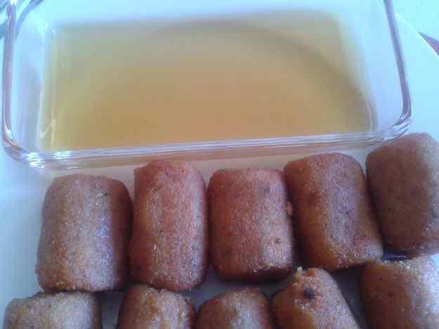 Croquetes de sobrassada de porc negre amb mel de tarongina